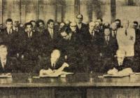 Az ünnepélyes aláírás Népszabadság 1977,03,25,