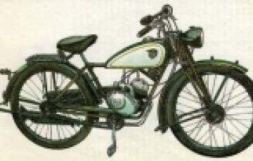 0000: Hegyi tanár úr motorja és a tatai piarista rendház 1950. évi felszámolása
