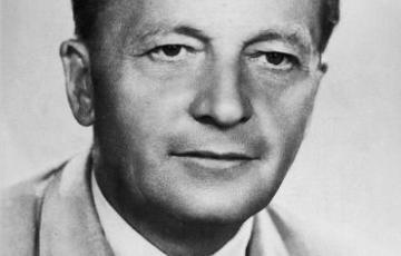 1945: Levelek 1945-ből a népjóléti miniszterhez